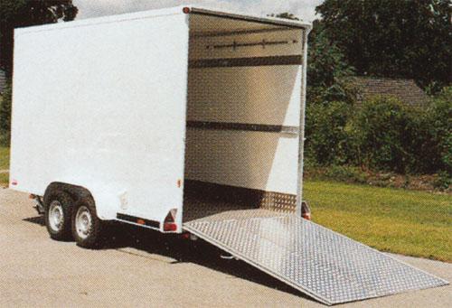 pkw anh nger speziell f r den transport von cc containern. Black Bedroom Furniture Sets. Home Design Ideas